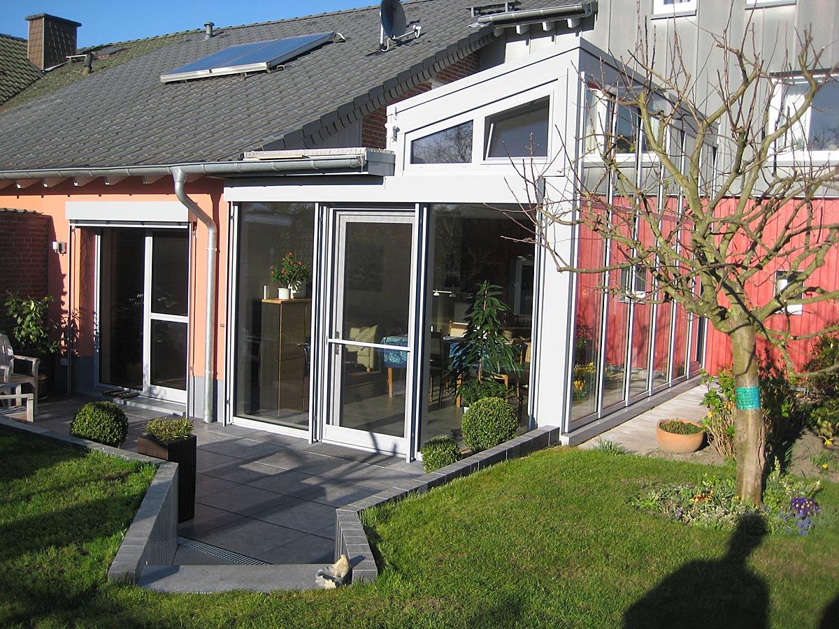 wintergarten als wohnraumerweiterung verglasung f r ladenlokal alu glas individuelle. Black Bedroom Furniture Sets. Home Design Ideas