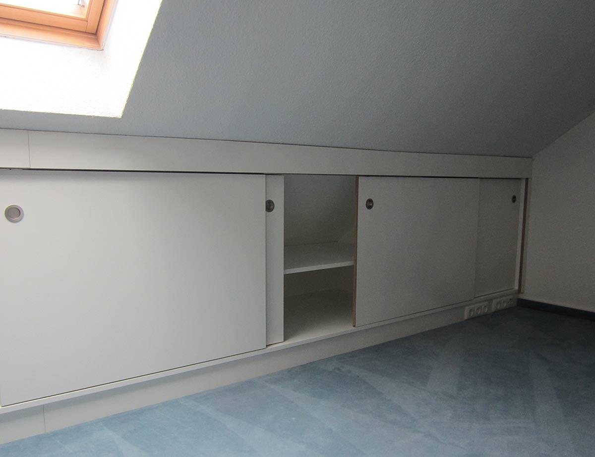 dachschr genschrank multiplex hpl holzcoop innenausbau. Black Bedroom Furniture Sets. Home Design Ideas